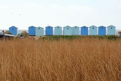 Reihe der Strandhütten Stockfotografie