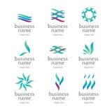 Medizinisches Logo von den grünen Blumenblättern Lizenzfreies Stockfoto
