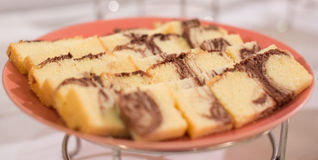 Reihe des Kuchens lizenzfreie stockbilder