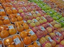 Reihe Früchte stockfotos