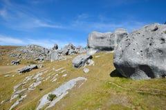 Reihe Kalksteinflusssteine, Schloss-Hügel, Neuseeland Lizenzfreies Stockfoto