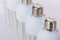 Reihe Lampen der neuen Generation LED stockfotografie