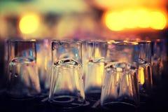 Reihe umgedrehten Schuss glasse Stockfoto