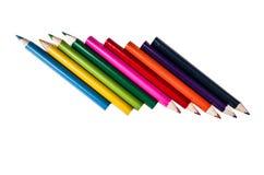 Reihe von Bleistiftfarben auf einem weißen backgroiund Stockbilder