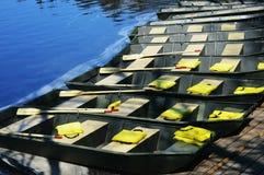 Reihe von Booten Lizenzfreie Stockfotografie
