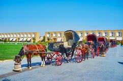 Reihe von touristischen Wagen, Isfahan, der Iran lizenzfreies stockfoto