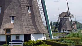Reihe von Windmühlen in Zuidplas stockfoto