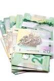 Reihe von zwanzig kanadischen Dollar stockfotos