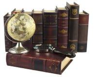 Reihen der alten Bücher Lizenzfreie Stockbilder