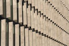 Reihen der Betonblöcke Stockbilder