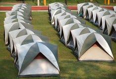 Reihen der Zelte Stockbilder