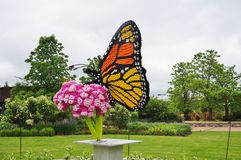 在显示的乐高雕塑在爱荷华州立大学的Reiman庭院 免版税库存照片