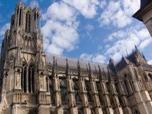 Reims, catedral a partir de una cara Imagen de archivo