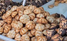 Rein für Passahfestkokosnuß und Erdnussplätzchen, für Verkauf bei Maha stockfotografie