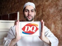 Reina de la lechería, logotipo del restaurante de los alimentos de preparación rápida de DQ Imagen de archivo libre de regalías