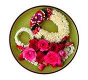 Reina de Rose de flores y de la guirnalda imagen de archivo libre de regalías