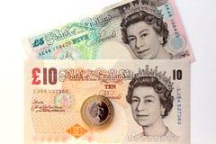 Reina Elizabeth en los billetes de banco de la libra Foto de archivo