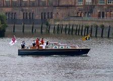 Reina Elizabeth II y el desfile real 2012 Foto de archivo