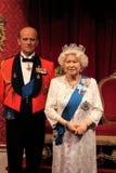 Reina Elizabeth, Londres, Reino Unido - 20 de marzo de 2017: Reina Elizabeth ii y figura del retrato de príncipe Philip en el mus Foto de archivo libre de regalías