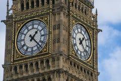 Reina Elizabeth Tower Big Ben London en las casas del parlamento Foto de archivo