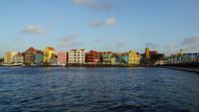 Reina Emma Pontoon Bridge en Willemstad, Curaçao foto de archivo