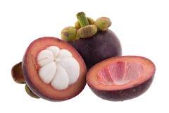 Reine de mangoustans des fruits, fruit mûr de mangoustan d'isolement sur W Images libres de droits
