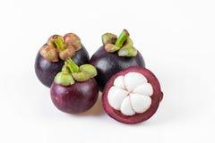 Reine de mangoustans des fruits, mangoustan sur le fond blanc Photographie stock