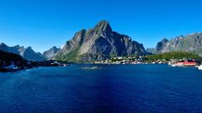 Reine nas ilhas de Lofoten, Noruega fotos de stock