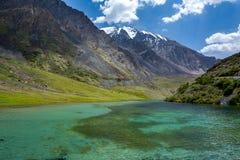 Reiner See von Tien Shan-Bergen, Kirgisistan Lizenzfreies Stockfoto