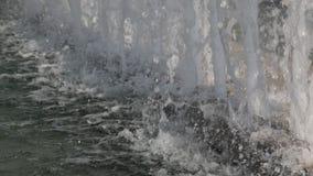 Reinigung des Wassers stock footage