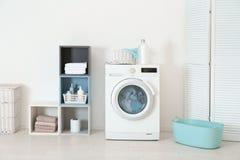 Reinigung von verschiedenen Tüchern stockfoto