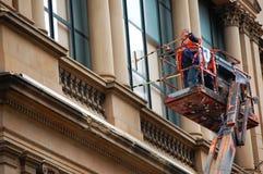 Reinigungsfenster lizenzfreie stockfotos