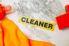 Reinigungshaus- oder -bürokonzept Stockbilder
