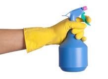 Reinigungsmittel in einer Hand stockbild