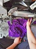 Reinigungsmotorradkette Stockfoto