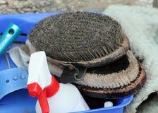 Reinigungswerkzeug für Pferdbürsten Lizenzfreies Stockfoto
