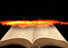 Reino da Bíblia dos céus imagens de stock royalty free
