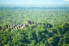 Reino de Byon Tample Angkor Wat Siem Reap cambodia do tample da senhora do templo doze de Phoun dos vagabundos do terraço do elef Fotografia de Stock