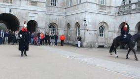 Reino Unido Caballo-guardias reales británicos almacen de metraje de vídeo