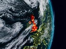 Reino Unido do espaço na noite imagem de stock royalty free