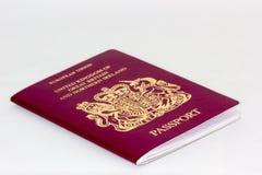 Reino Unido/passaporte britânico no fundo branco Imagem de Stock