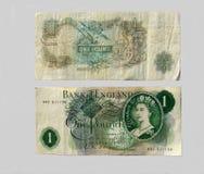 Reino Unido viejo notas de una libra Imagenes de archivo