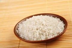 Reis auf Platte lizenzfreie stockfotografie