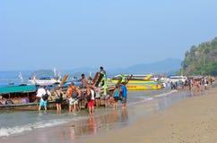 Reis, Azië, Thailand, toeristen, lokale boten, overzees Stock Foto's
