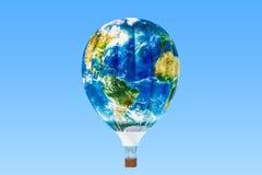 reis concept Hete luchtballon met textuur van Aardekaart, 3D aangaande Stock Afbeeldingen