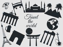 Reis de wereld, de wereldoriëntatiepunten, de reis en toerismeachtergrond Rond de Wereld Op witte achtergrond Stock Foto