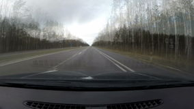 Reis door auto 200 kilometers, tijdoverlappingen 200 кm stock footage