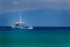 Reis door overzees op een comfortabele overzeese boot Royalty-vrije Stock Fotografie