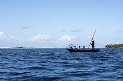 Reis in dugout kano 2 stock fotografie