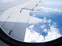 Reis in een vliegtuig Stock Foto's